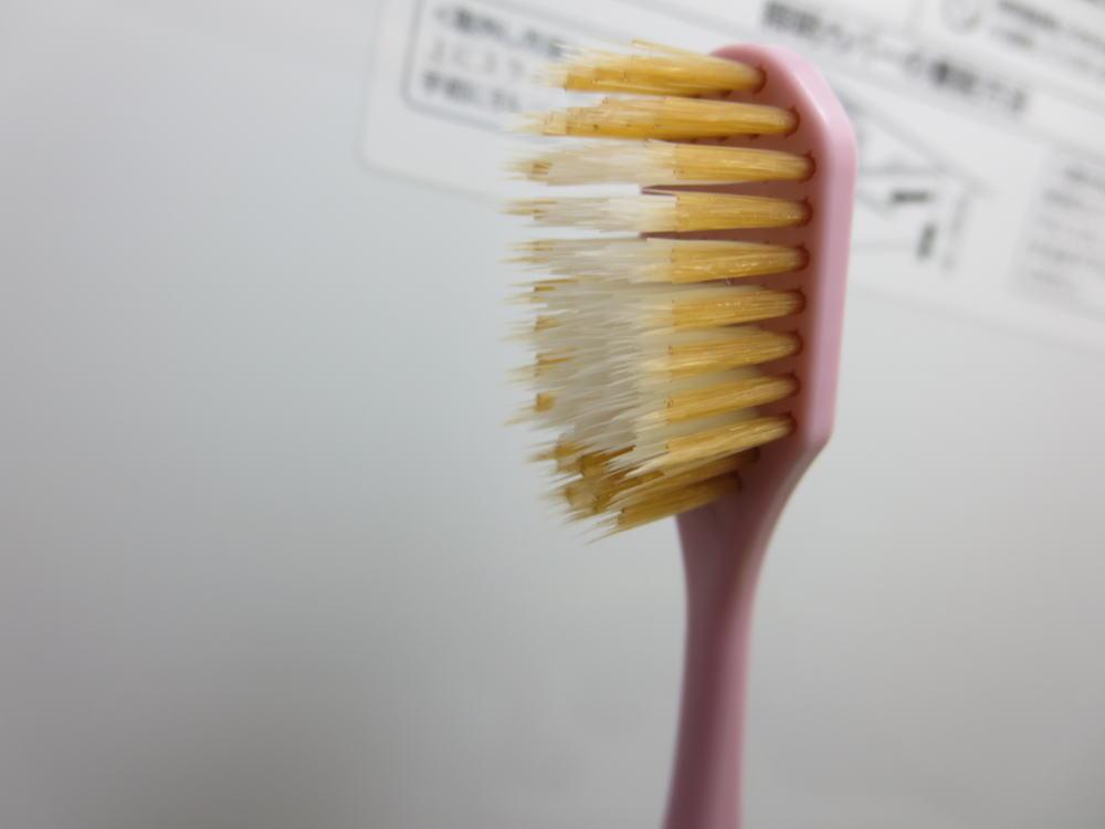 カインズ デントプレミアム ワイド歯ブラシ やわらかめ