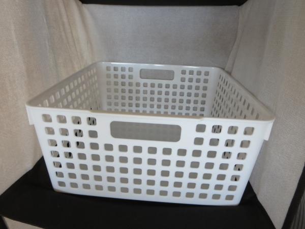 正方形カゴ(セリア)